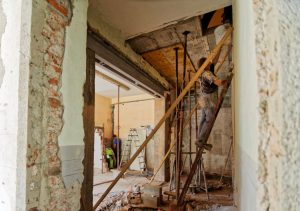 Construction contract home renovations